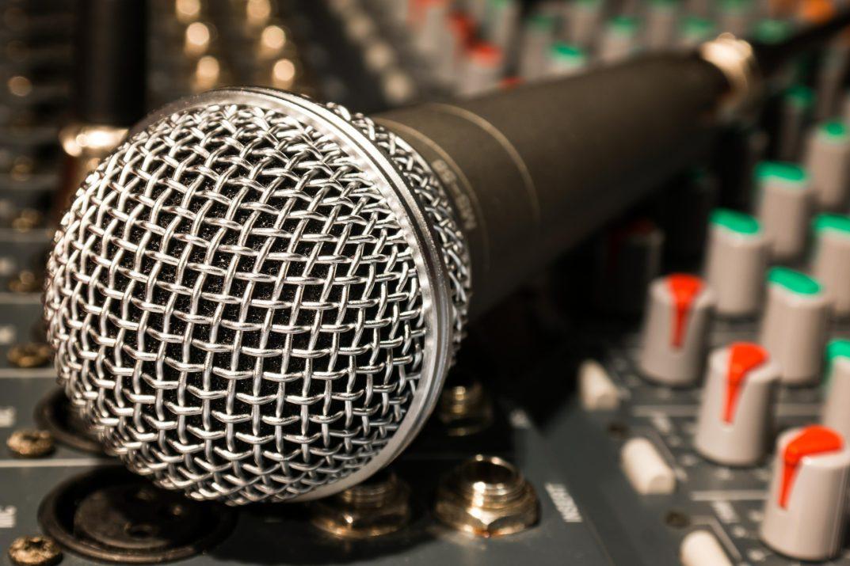 best condenser mics under 200