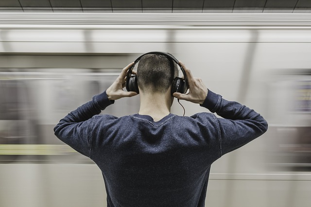 best headphones under $50 for commuting